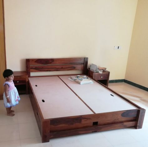 buy solid wood beds online India with bedside tables