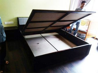 Modern Bed with hydraulic lift mechanism