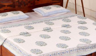 Buy quilts online india