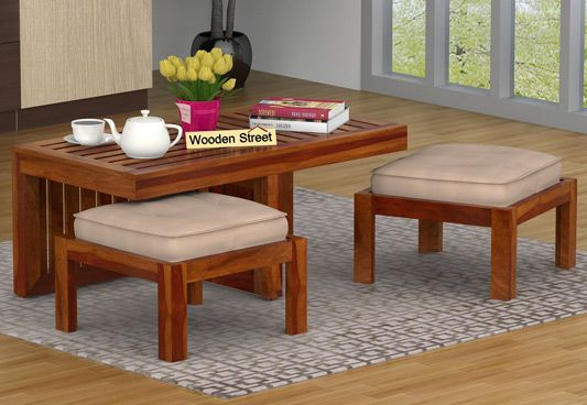 Farrow Center Table With Stools (Honey Finish)