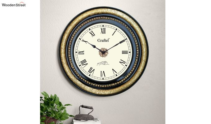 Antique Brass Fitted Black Polished and Bass Circle in Dial Decorative Wall Clock-1