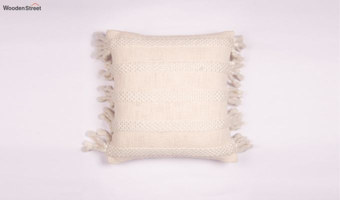 Foamy Shell Tufted Cushion Cover-2