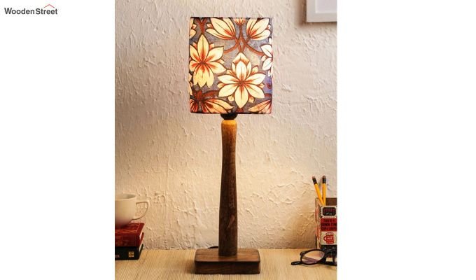 Blue Floral Table Lamp-1