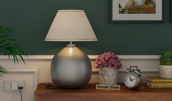 Molly Metal Table Lamp-1