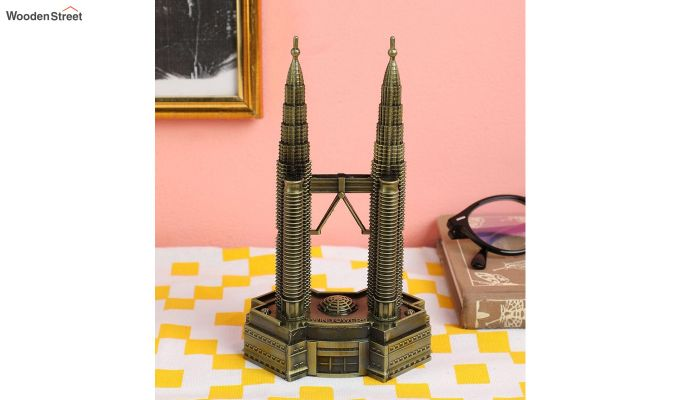 Metallic Petronas 7-inch Twin Tower Miniature-1