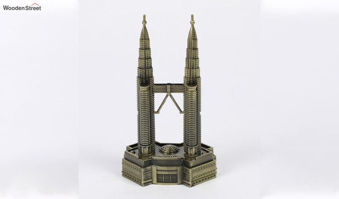 Metallic Petronas 7-inch Twin Tower Miniature-3