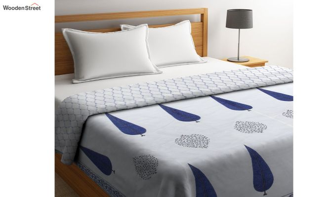 Blue and White Screen Print Traditional Jaipuri Double Bed Summer Quilt-1
