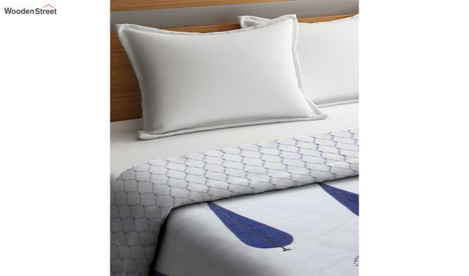 Blue and White Screen Print Traditional Jaipuri Double Bed Summer Quilt-2