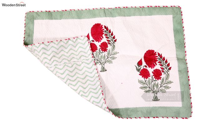 Dandy Red Hand Block Print Quilt With Pillow Covers-4