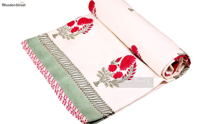 Dandy Red Hand Block Print Quilt With Pillow Covers-6