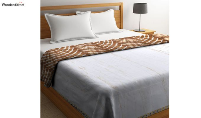 White Cotton Tie and Dye Print Double Bed AC Dohar-1