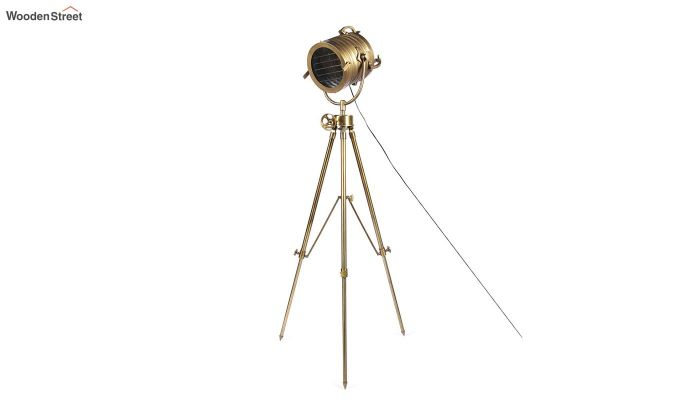 Beaker Metal Tripod Lamp by Grated Ginger-3