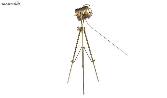 Beaker Metal Tripod Lamp by Grated Ginger-4