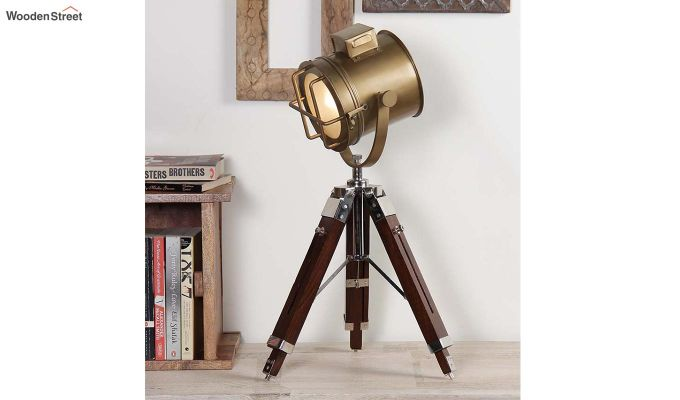 Corse Brass Tripod Lamp by Grated Ginger-1