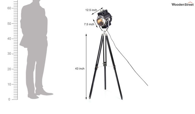 Focus Black Tripod Lamp by Grated Ginger-6