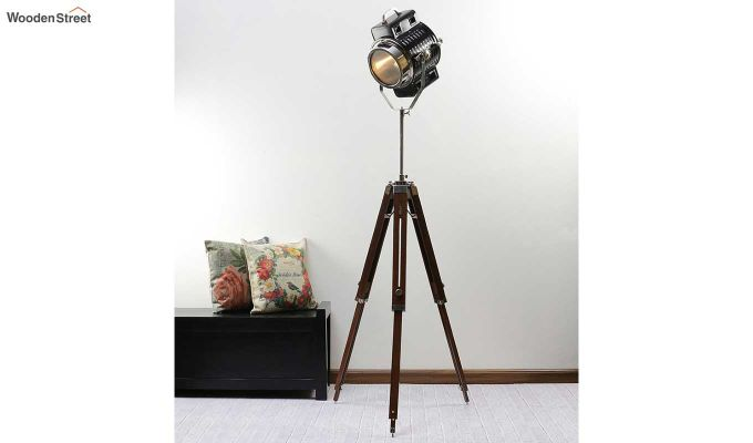 Focus Wood Tripod Lamp by Grated Ginger-1