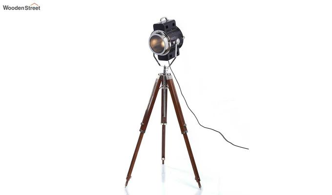 Focus Wood Tripod Lamp by Grated Ginger-3