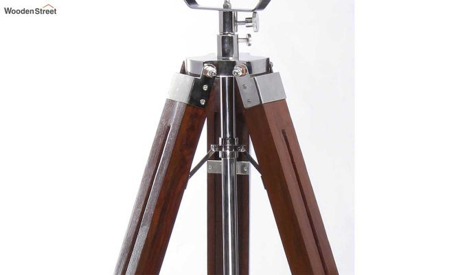 Focus Wood Tripod Lamp by Grated Ginger-4
