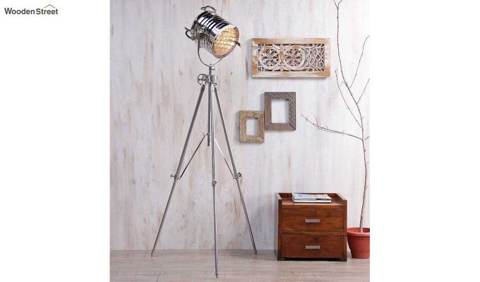 Potter Silver Tripod Lamp by Grated Ginger-1