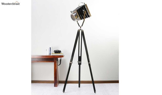 Retro Black Tripod Lamp by Grated Ginger-1