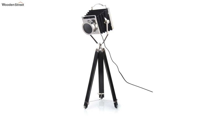 Retro Black Tripod Lamp by Grated Ginger-2