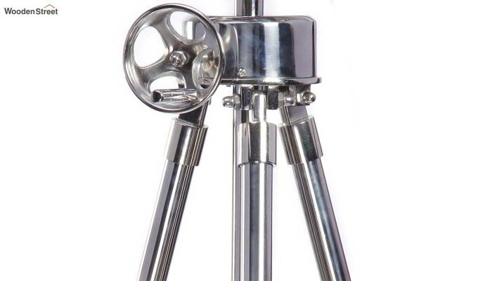 Saber Silver Tripod Lamp by Grated Ginger-4