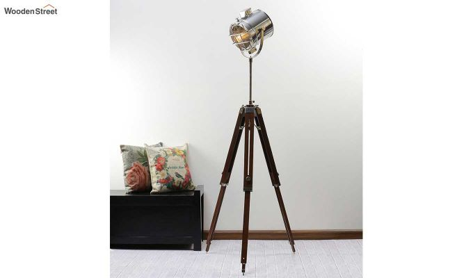 Saber Wood Tripod Lamp by Grated Ginger-1