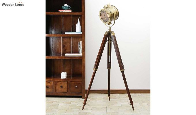 Sol Brass Tripod Lamp by Grated Ginger-1
