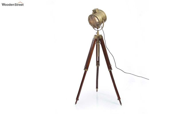 Sol Brass Tripod Lamp by Grated Ginger-3