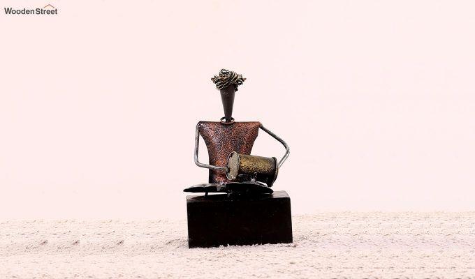 Five Performers Figurine Set of 5  (Multi Color)-7