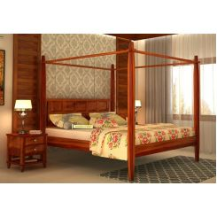 Garret Poster Bed Without Storage (Queen Size, Honey Finish)